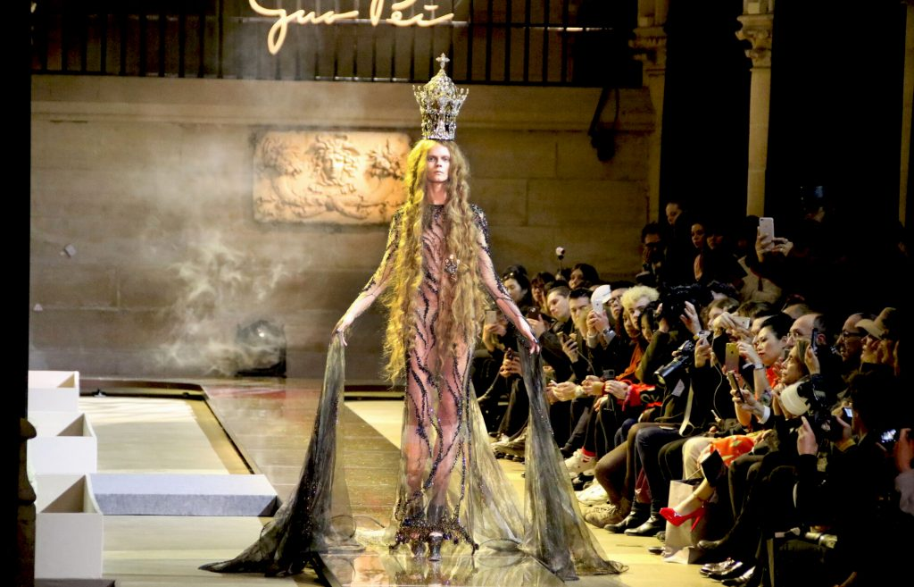 GUO PEI COUTURE SPRING-SUMMER 2017